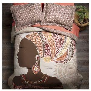Africa Kamana Comforter Queen set